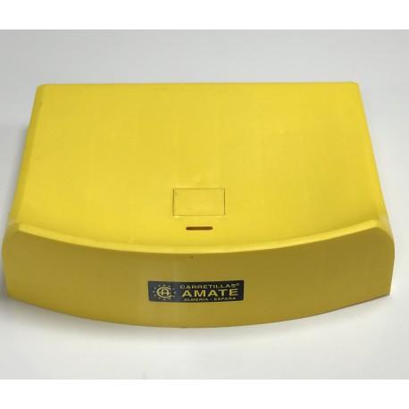 Asiento de plástico amarillo